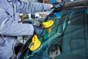Open 7 Days Auto Glass Repair in Summerlin