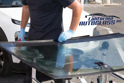how much does it cost to replace windshield without insurance california auto glass inc. Black Bedroom Furniture Sets. Home Design Ideas
